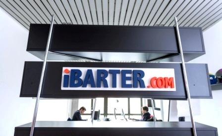 COMMERCIO-Il baratto si affianca all'ecommerce: accordo iBarter e Jtoo. E le aziende guardano verso la Cina
